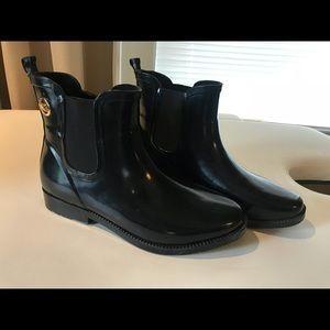 Michael Kors rain boots size 8 MK Booties